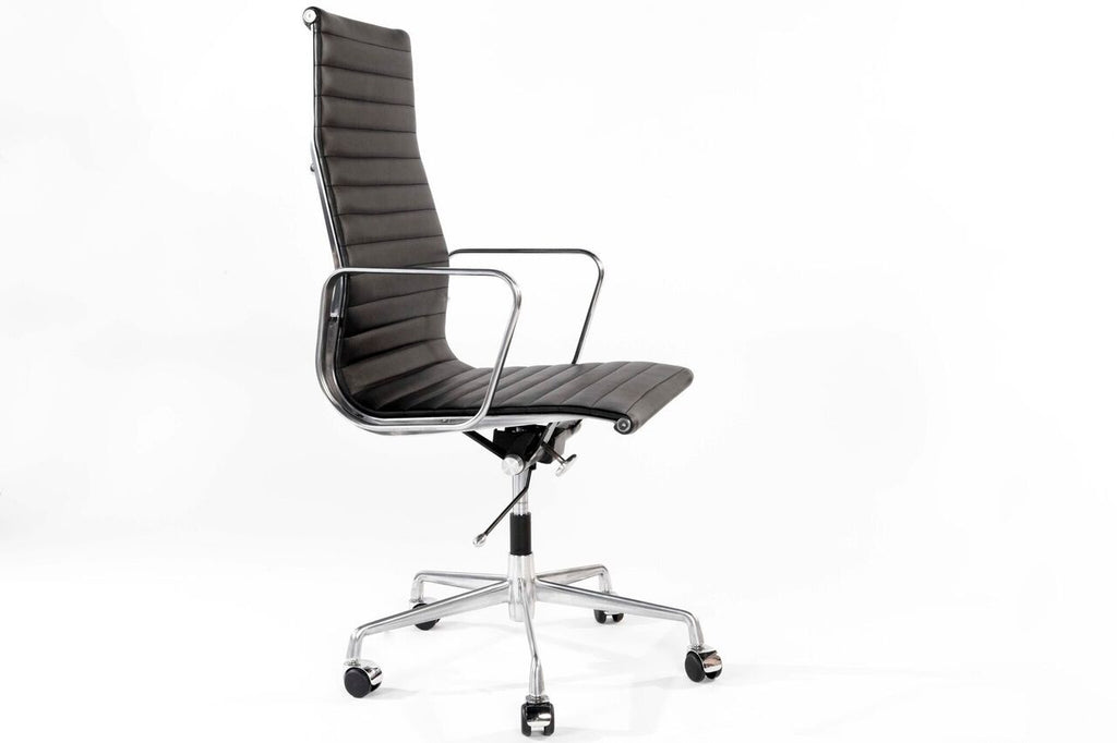Executive chair, leather desk chair with high back and wheels