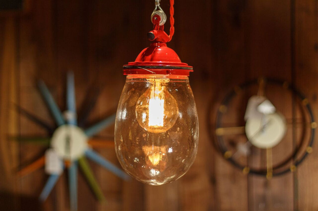 red sailor lamp