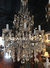 Super beaded chandelier with textured bobeches