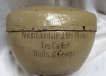 Antique rounded papier-mâché hat box French style