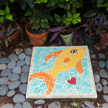 Mosaic Garden Stepping Stones with Anne Hollander - March 2, 9 & 16