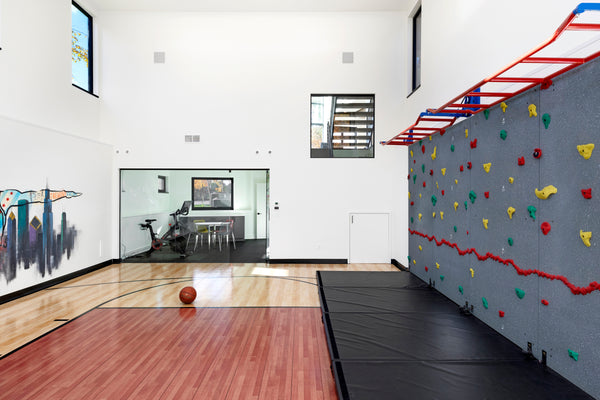 Climbing Wall – A Home Athletic Court Essential