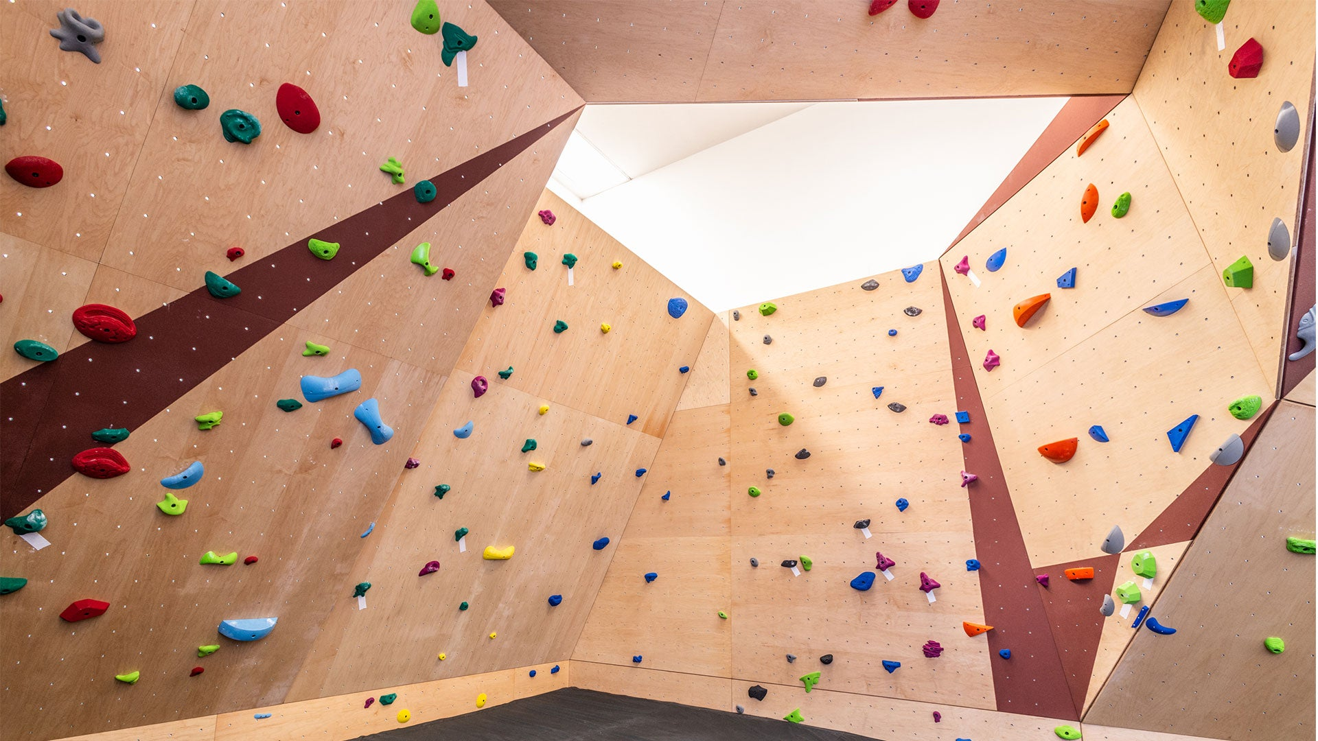 Climbing Wall Backgrounds For Your Next Zoom Meeting Or Desktop Everlast Climbing