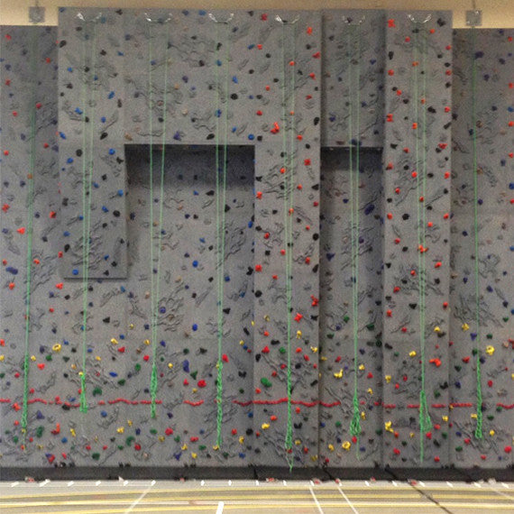 Top Rope Climbing Wall with Two Roofs and Three Overhangs
