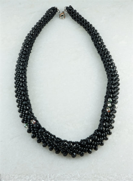 Black Beauty Necklace - DereDere Jewellery