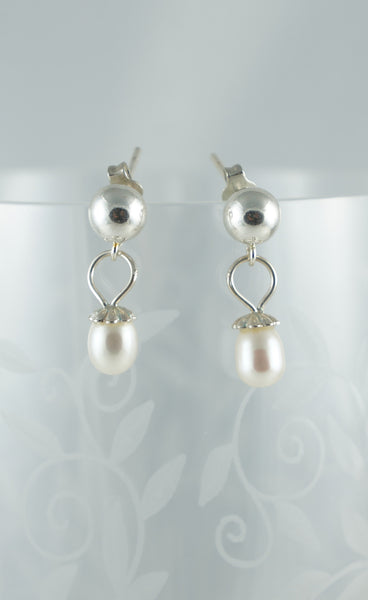 Pearl and Stud Earrings - DereDere Jewellery