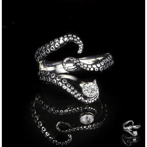 Gothic Octopus Finger Ring with Rhinestone