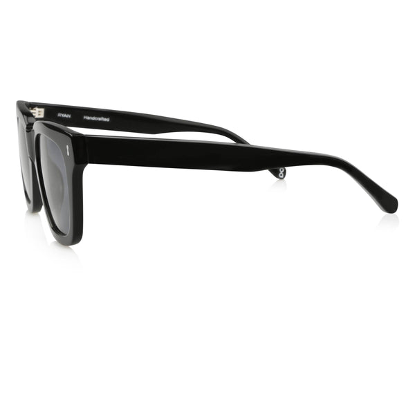 Ollie Quinn Ryan polarised unisex sunglasses in black
