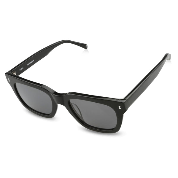 Ollie Quinn Ryan polarised unisex sunglasses in black top