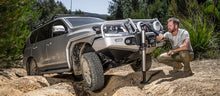 Load image into Gallery viewer, ARB HYDRAULIC JACK - Free Shipping on orders over $100 - Venture Overland Company