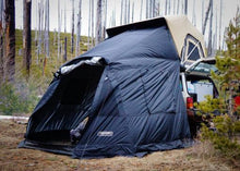 "Load image into Gallery viewer, FSR Adventure Series Premium 55"" Roof Top Tent"