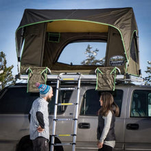 Load image into Gallery viewer, Freespirit Recreation: Adventure Series Automatic 55 Roof Top Tent - Free Shipping on orders over $100 - Venture Overland Company