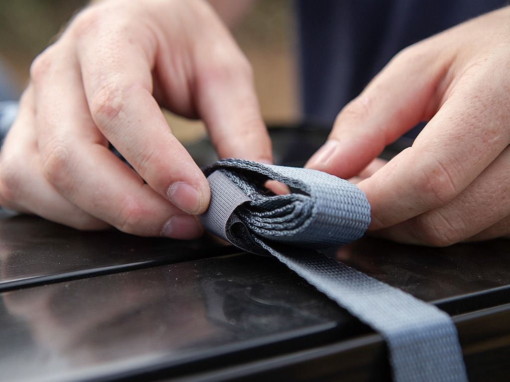 Front Runner Stratchits Strap Shorties - Free Shipping on orders over $100 - Venture Overland Company