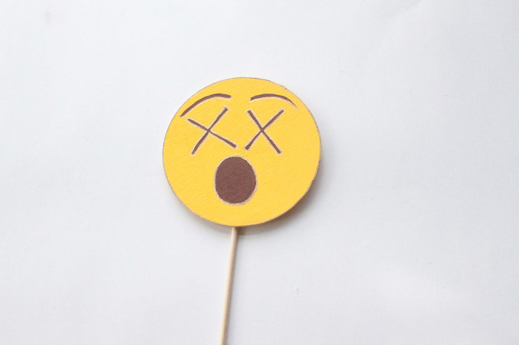 Astonished Face Emoji Wooden Photo Booth Prop