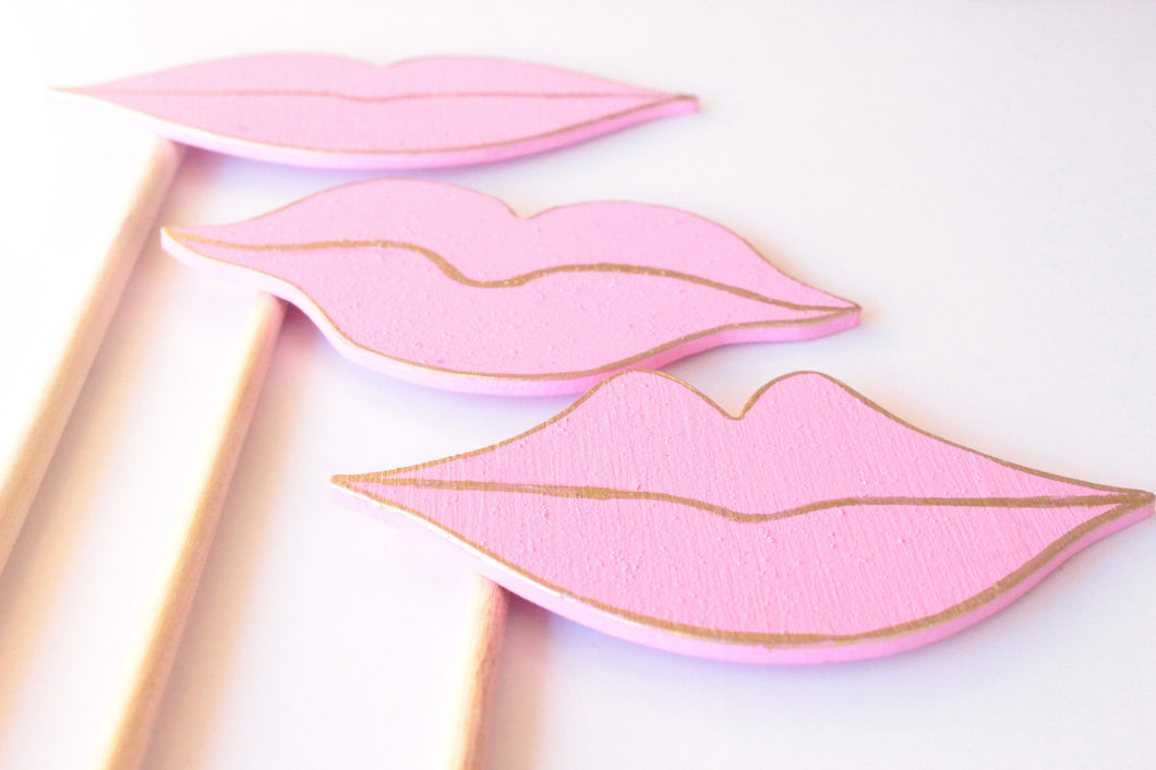 Vintage Lips Wooden Photo Booth Prop Set of 3