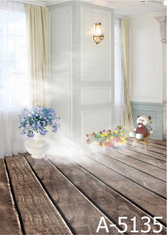 Background Pano De Fundo Fotografia Wood Flooring Has Potted. Bear Sitting On A Chair  Mh15-13Mh15-