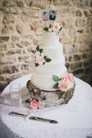 The cake I made for my cousins wedding last year. (possibly the most beautiful wedding ever)
