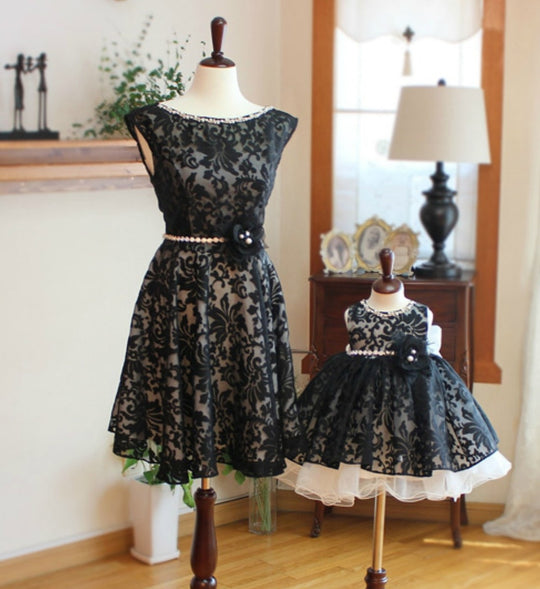 Girly Shop's Round Neckline Pearl Rhinestone Applique Sleeveless Knee Length Mother Daughter Matching Floral Lace Dress With Black Flower & Rhinestone Belt