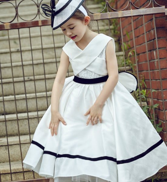 Girly Shop's Black & White Chic & Fancy Floor Length Sleeveless Crisscross Straps Back Ruffle Little Girl Party Dress