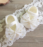Girly Shop's White Big Bow Baby Booties