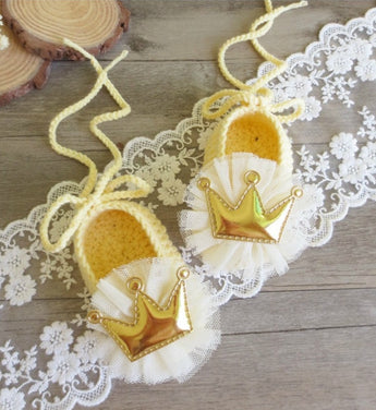 Girly Shop's Lemon Yellow Cute & Comfortable Newborn Baby Pre walker Infant Hand Knitted Flower & Crown Baby Booties