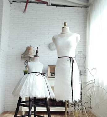 Girly Shop's White Round Neckline Sleeveless Knee Length Mother Daughter Matching Lace Dress With Black Ribbon Belt