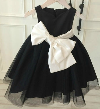 Girly Shop's Black & White Large Bow Sash Belt