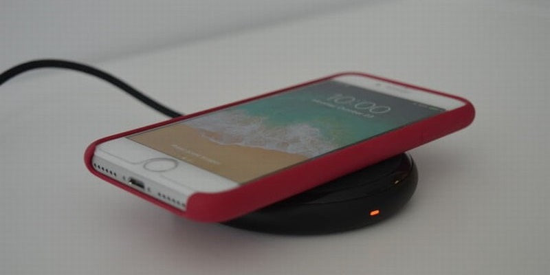hot-iphone-accessories-christmas-RAVPower-Wireless-Charging-Pad