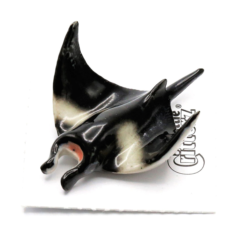 "Ray - Manta Ray Figurine ""Grace"" - Porcelain Animal FIgurines - Little Critterz, Little Critterz"