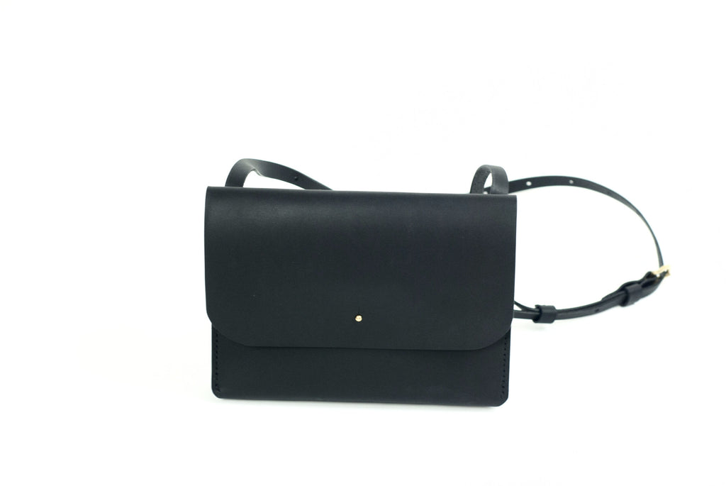 Leather Travel Pouch - EAST WICK