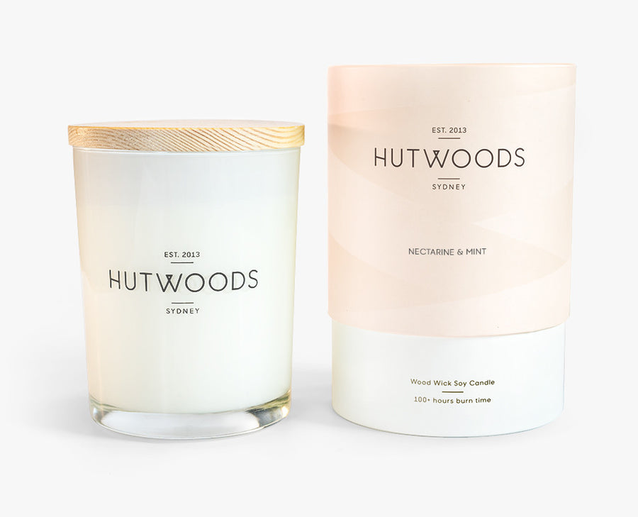 Hutwoods Large Nectarine and Mint scented Wood Wick Natural Soy Wax Candle - Burn time 100 hours longer lasting