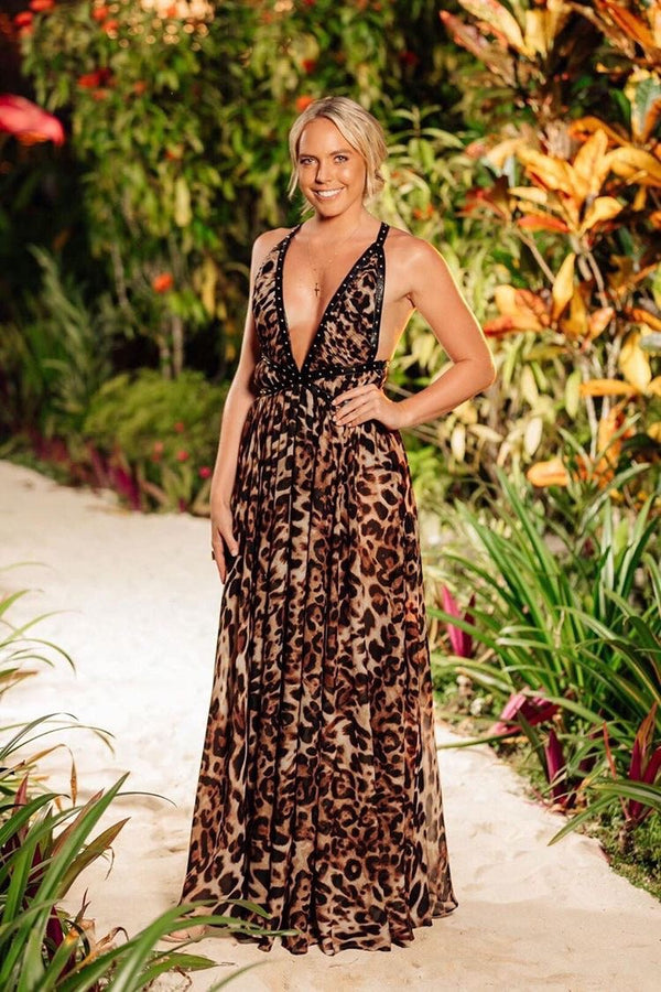 Bachelor In Paradise babe Cassie Wood wears GEORGY