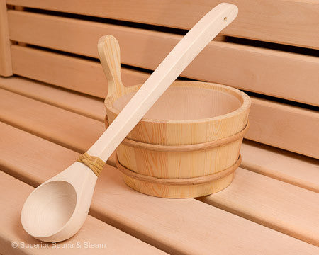 Superior Saunas: Accessory Combo Kit - Pine 1 Gallon Bucket and Ladle