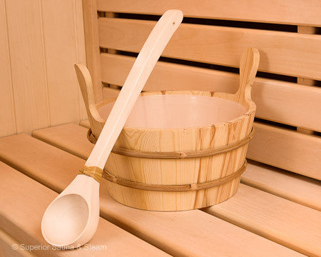 Superior Saunas: Accessory Combo Kit - Pine 2.6 Gallon Bucket and Ladle