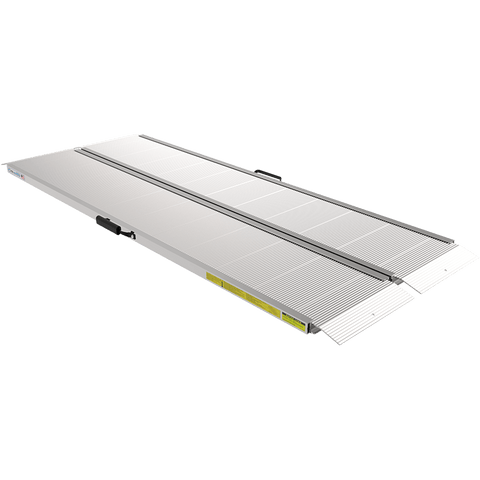 TRAVERSE™ Singlefold Edgeless Ramp