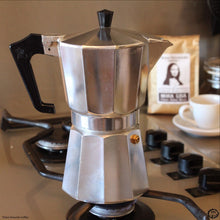 Moka Pot with Moka Lisa Classic Italian Coffee Beans