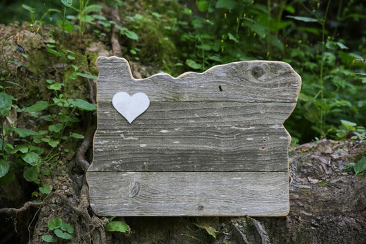 Oregon Sign with Heart (Medium)
