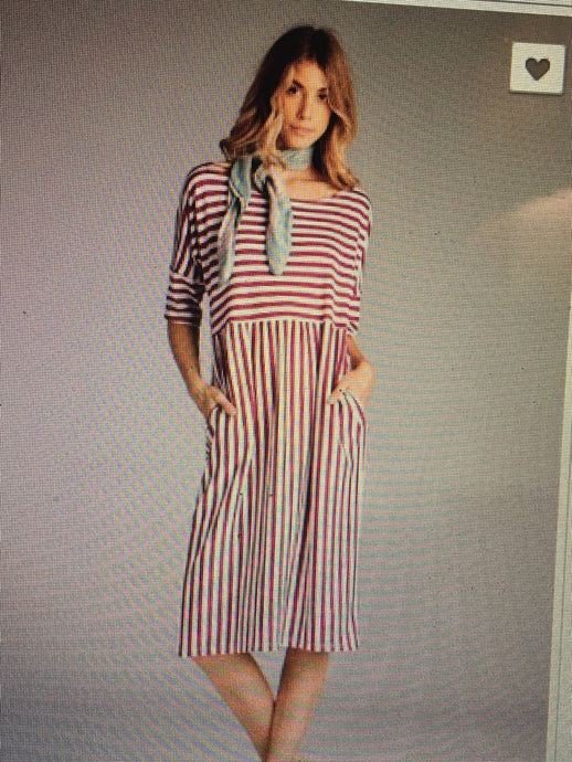 Burgandy stripe pocket dress