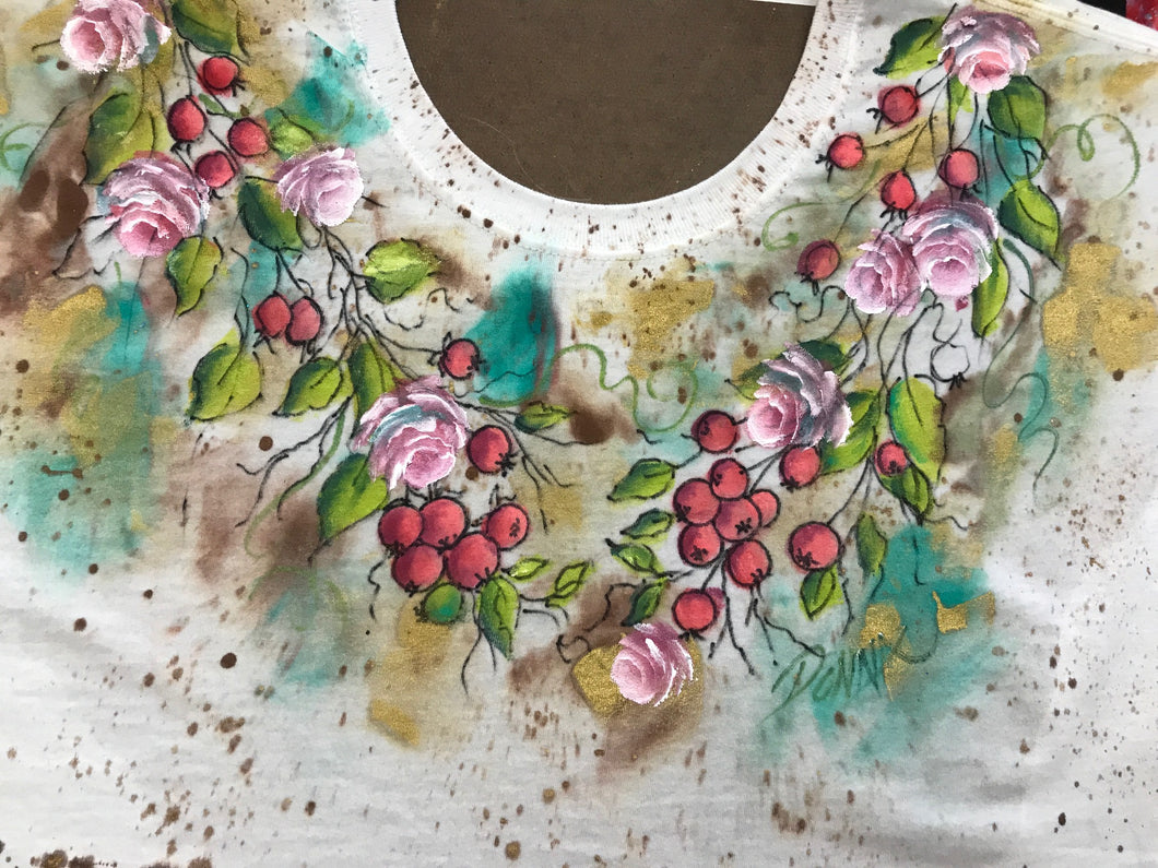 Rosebuds and Berries Wreath Shirt Downloadable Video Lesson