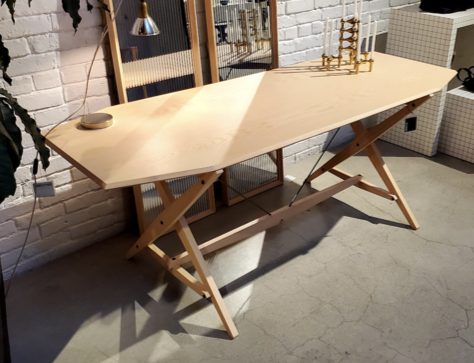 Cavaletto Table