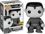 Superman (Black & White) 07 - Hot Topic Exclusive  [Damaged: 7.5/10]