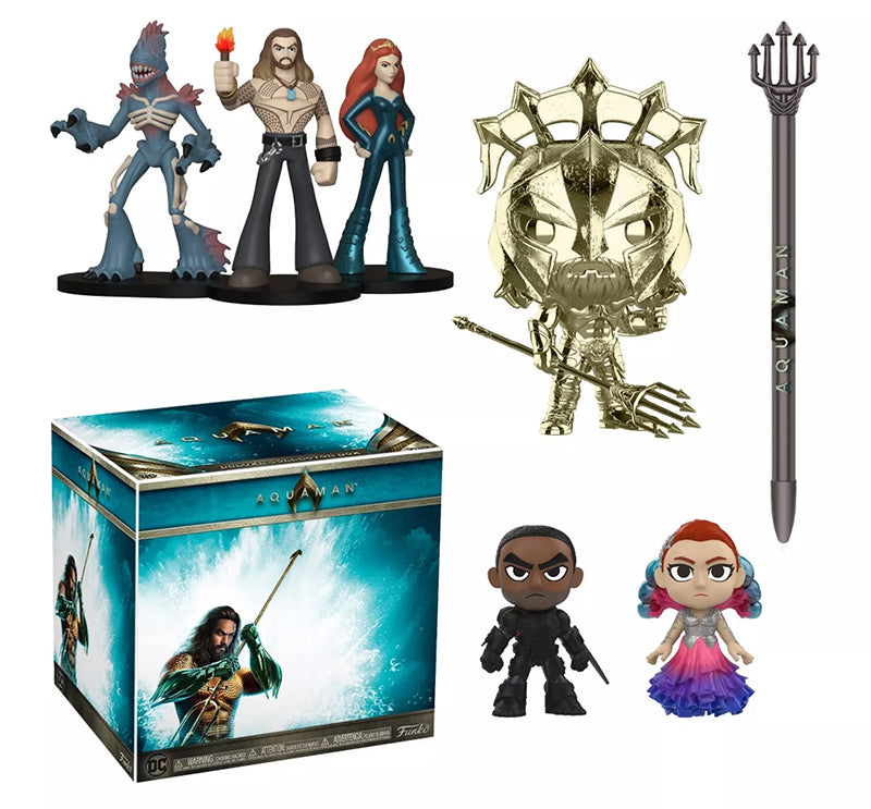 Aquaman DC Collectors Box Mystery Box (Unsealed) - Target Exclusive  [Outer Box Damage: 7.5/10]