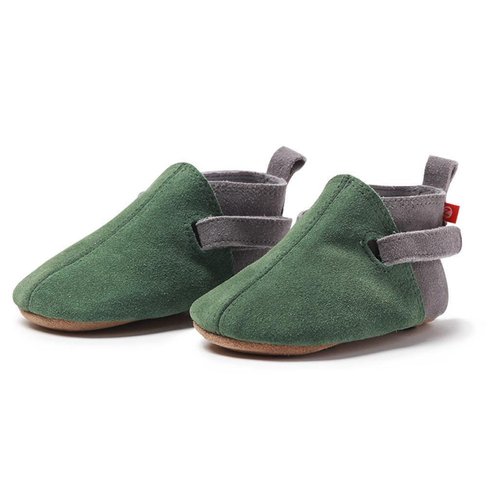 Dotty Fish soft soled leather baby shoes come in a wide range of fun styles and colours suitable for babies and toddlers up to age dnxvvyut.ml shoes are designed especiall for developing little feet.