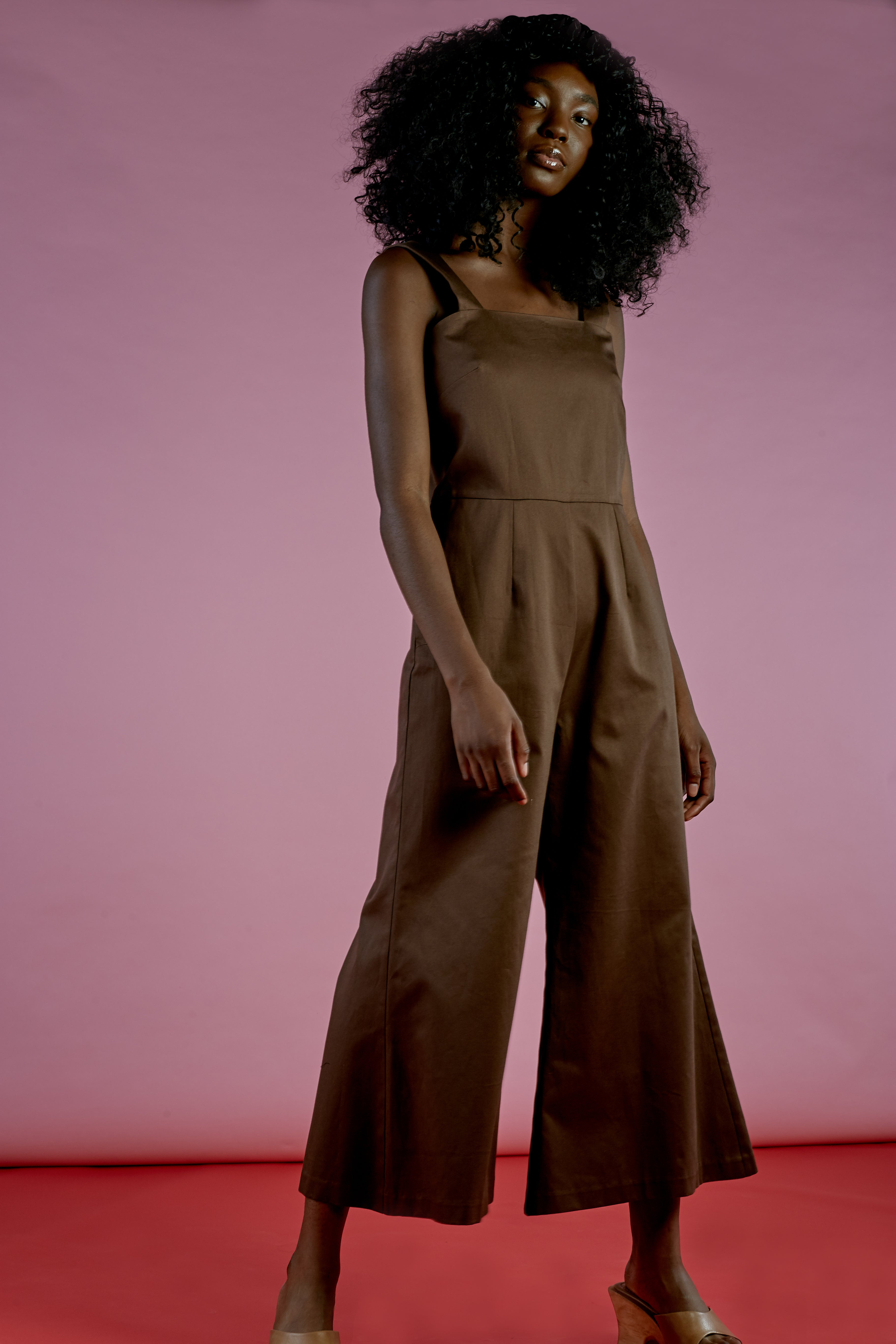 KATE JUMPSUIT IN BROWN COTTON