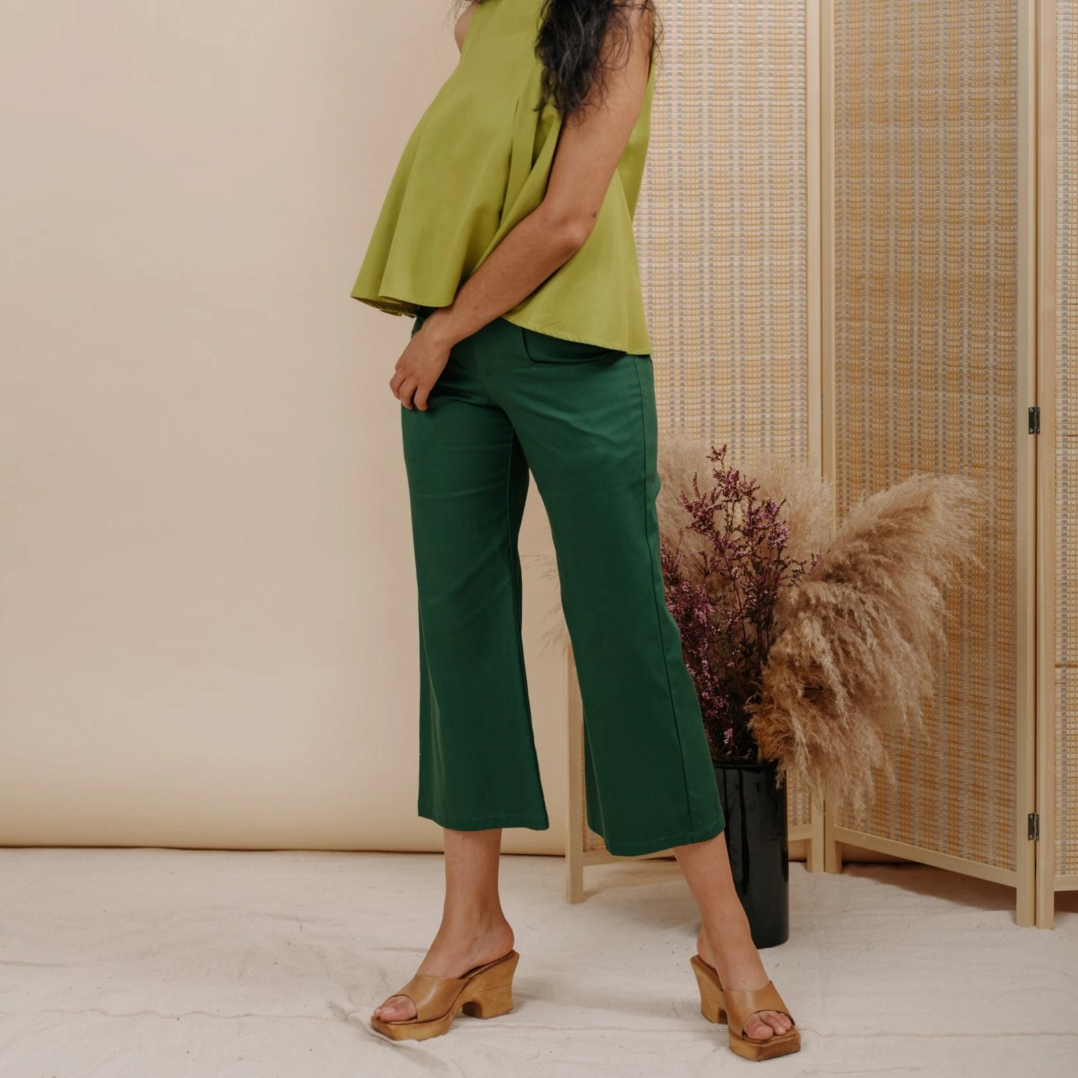 Trumpet Pant in Hunter Cotton
