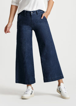 women's dark blue wash high rise wide leg cropped lightweight jeans front