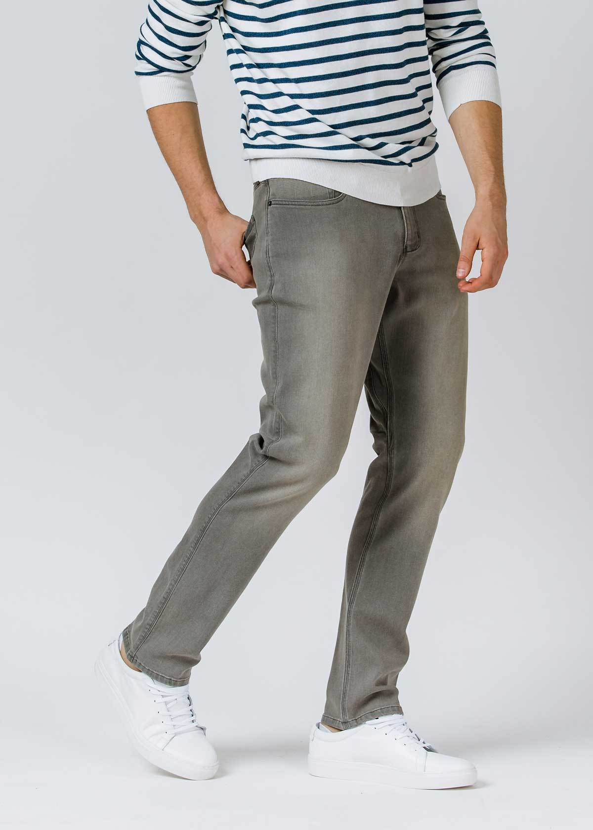 Performance Denim Relaxed - Faded Grey