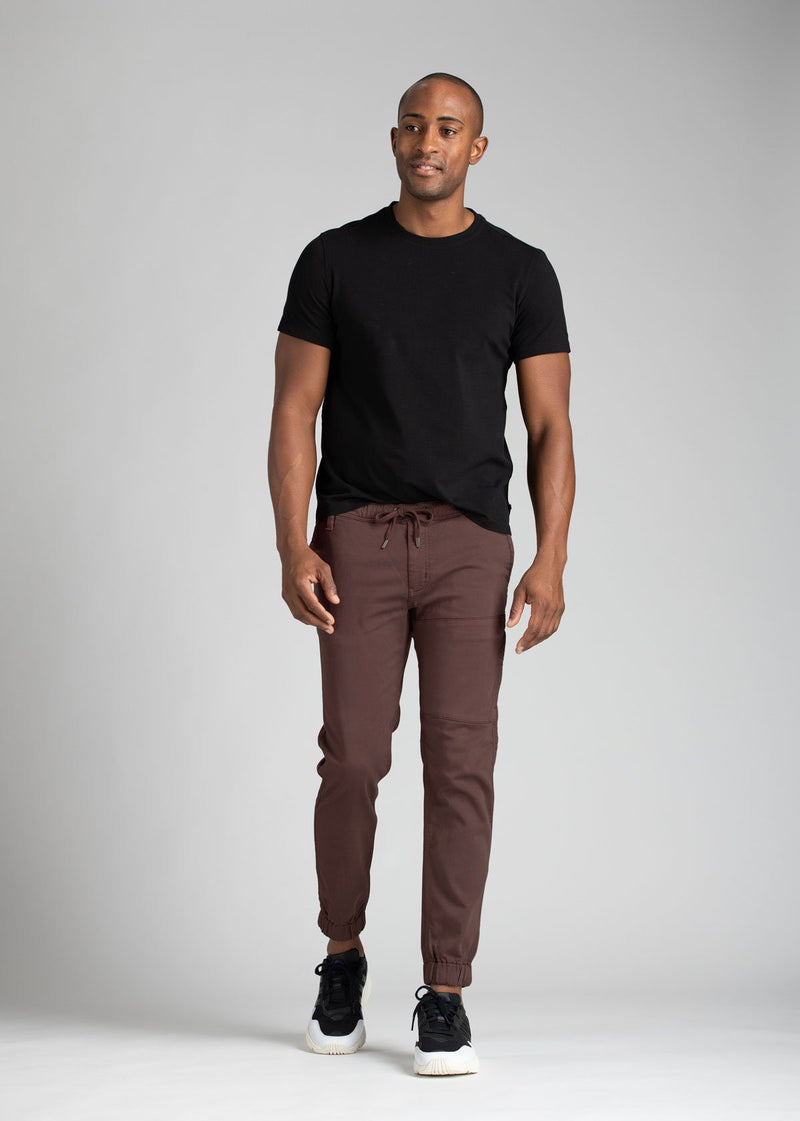 Mens light maroon athletic jogger full body