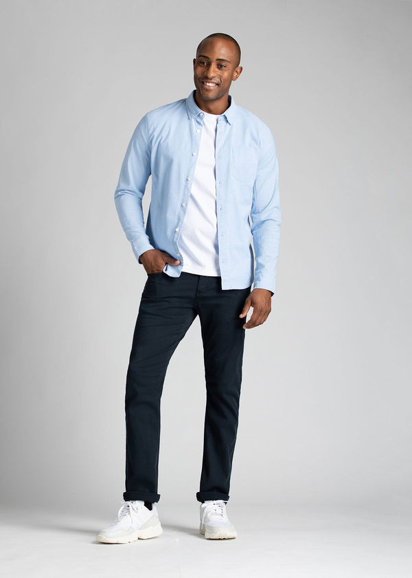 Man wearing navy Straight Fit Lightweight Pant full body