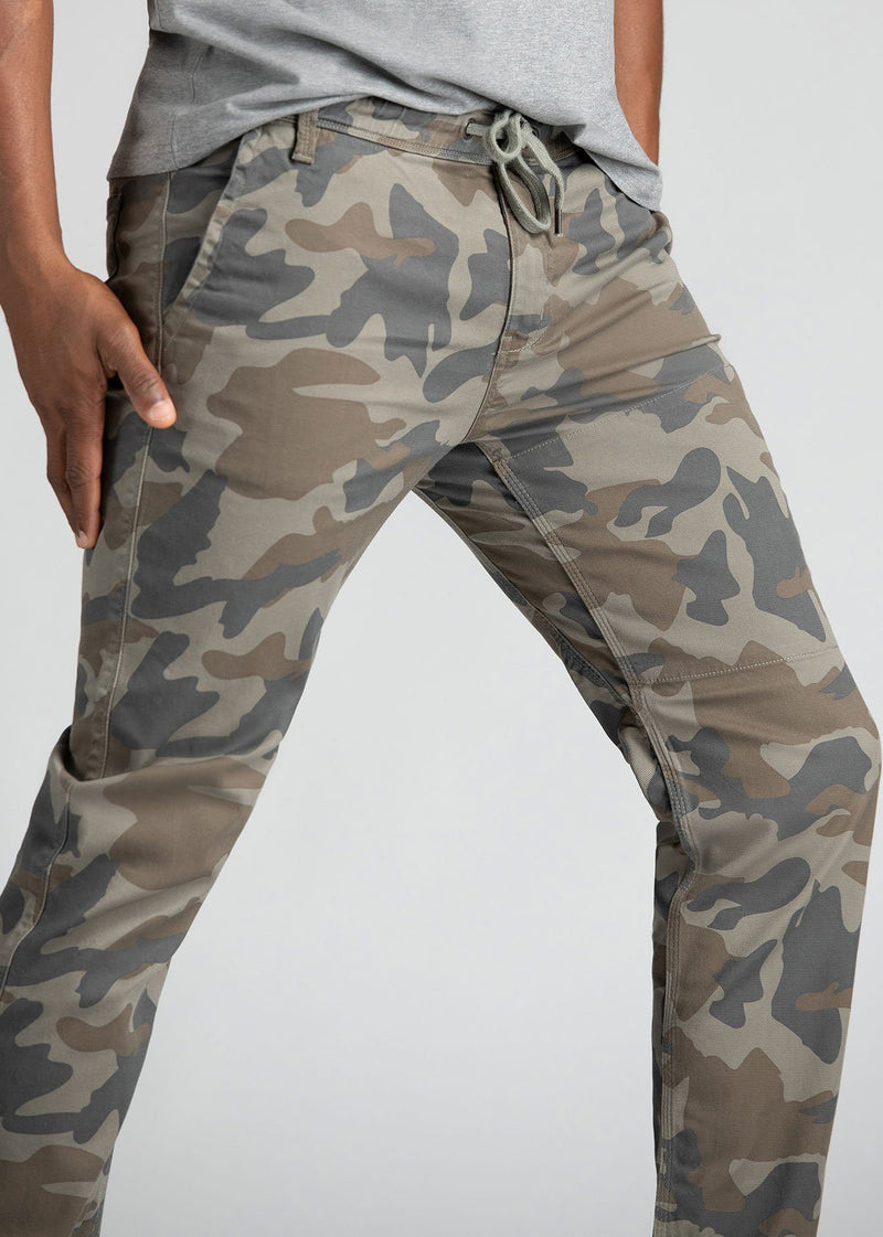 Mens Water Resistant Jogger Camo Coloured Side Detail